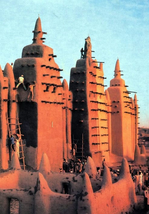 Repairing the Grand Mosque of Djenne in Mali the original inspiration for the house.